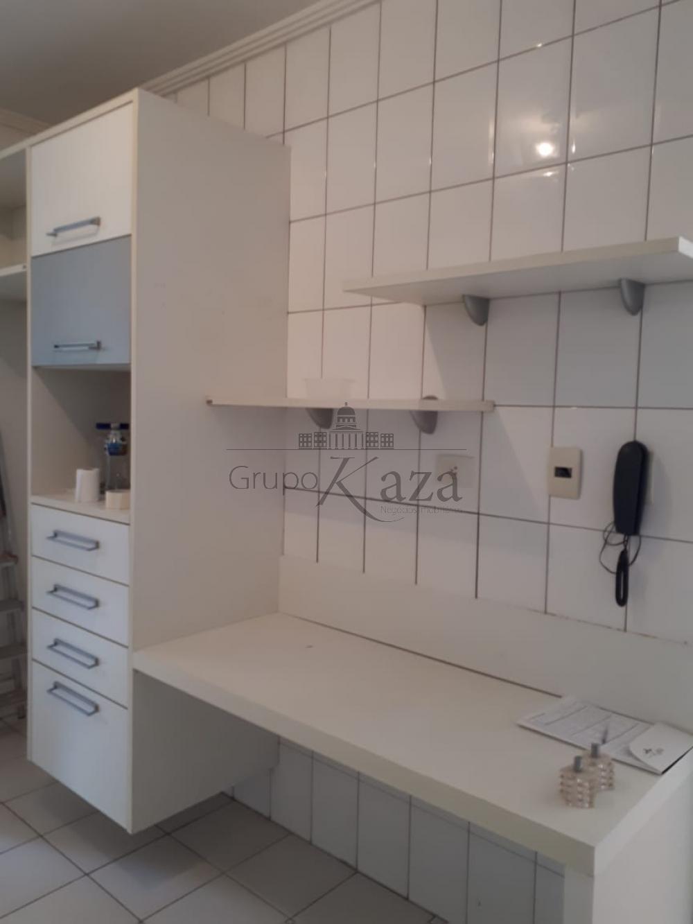 Alugar Apartamento / Padrão em São José dos Campos R$ 2.650,00 - Foto 6