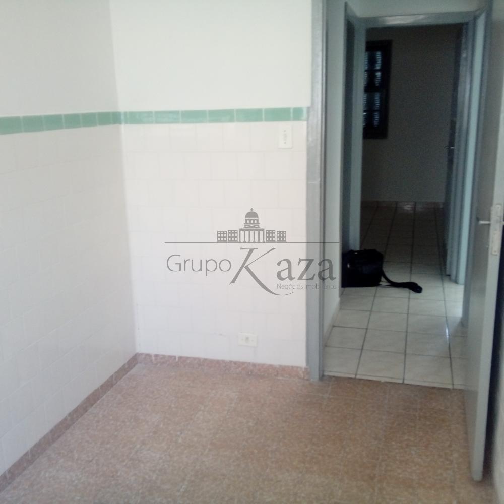 Alugar Casa / Padrão em São José dos Campos apenas R$ 1.200,00 - Foto 3