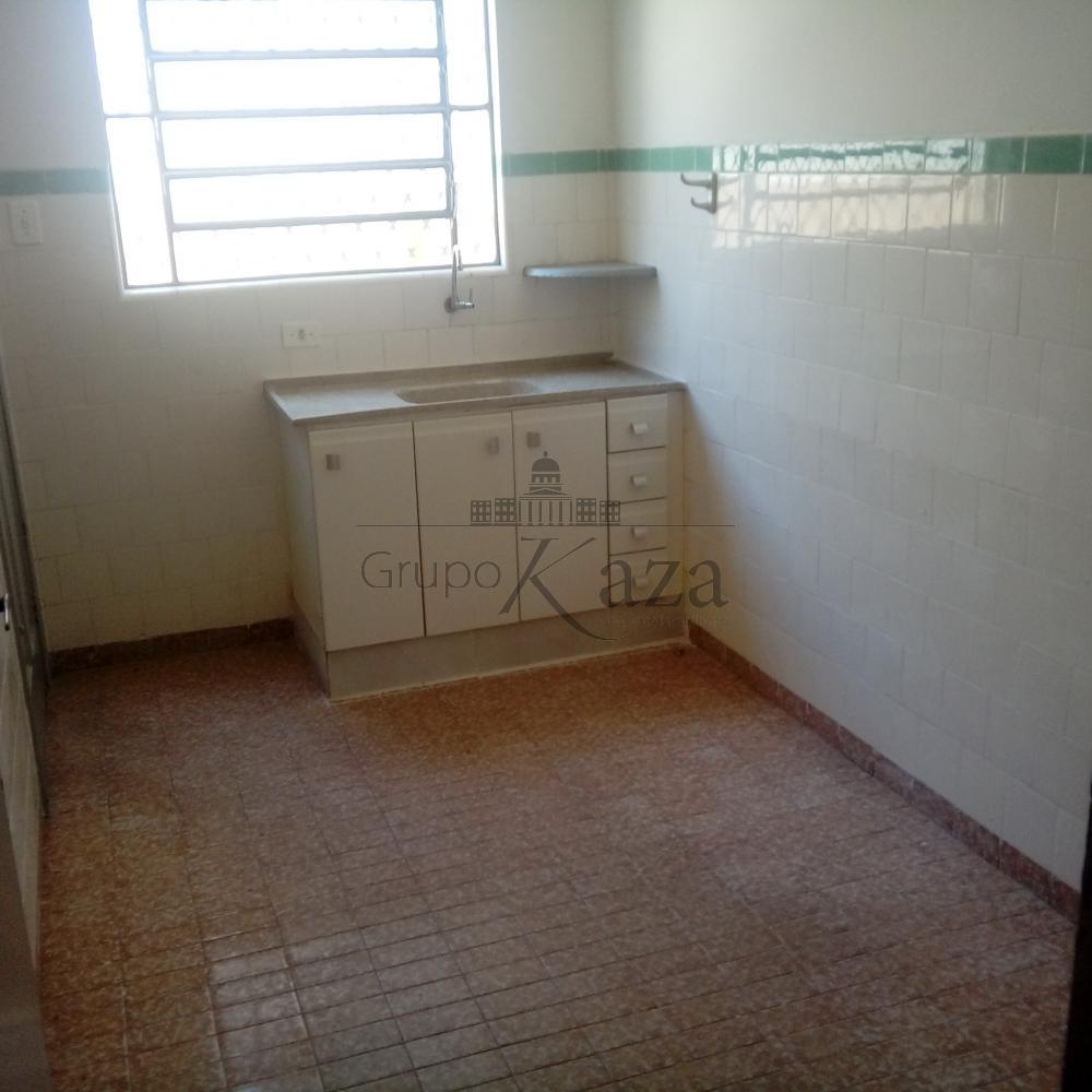 Alugar Casa / Padrão em São José dos Campos apenas R$ 1.200,00 - Foto 5