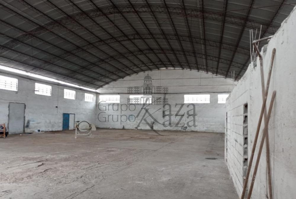 Alugar Comercial/Industrial / Galpão em São José dos Campos R$ 13.000,00 - Foto 1