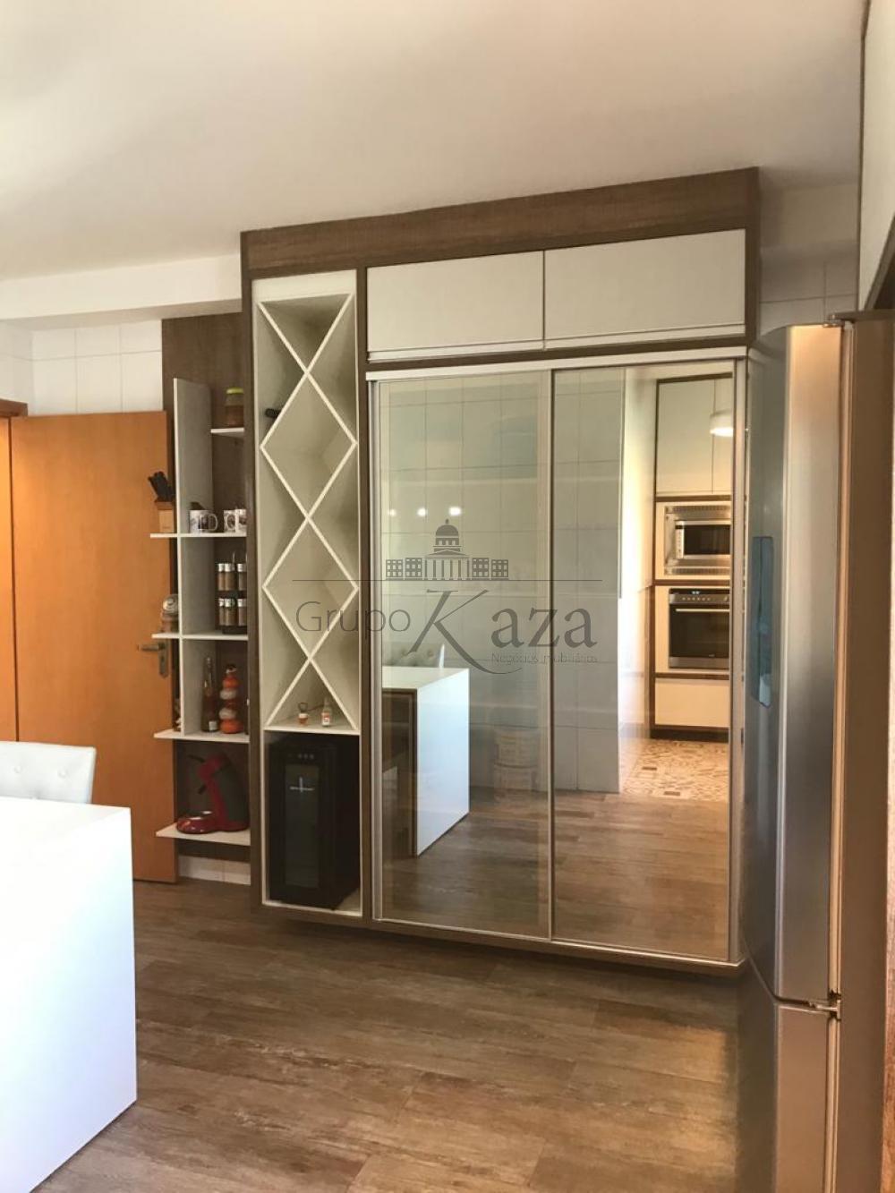 Comprar Apartamento / Padrão em São José dos Campos R$ 815.000,00 - Foto 10