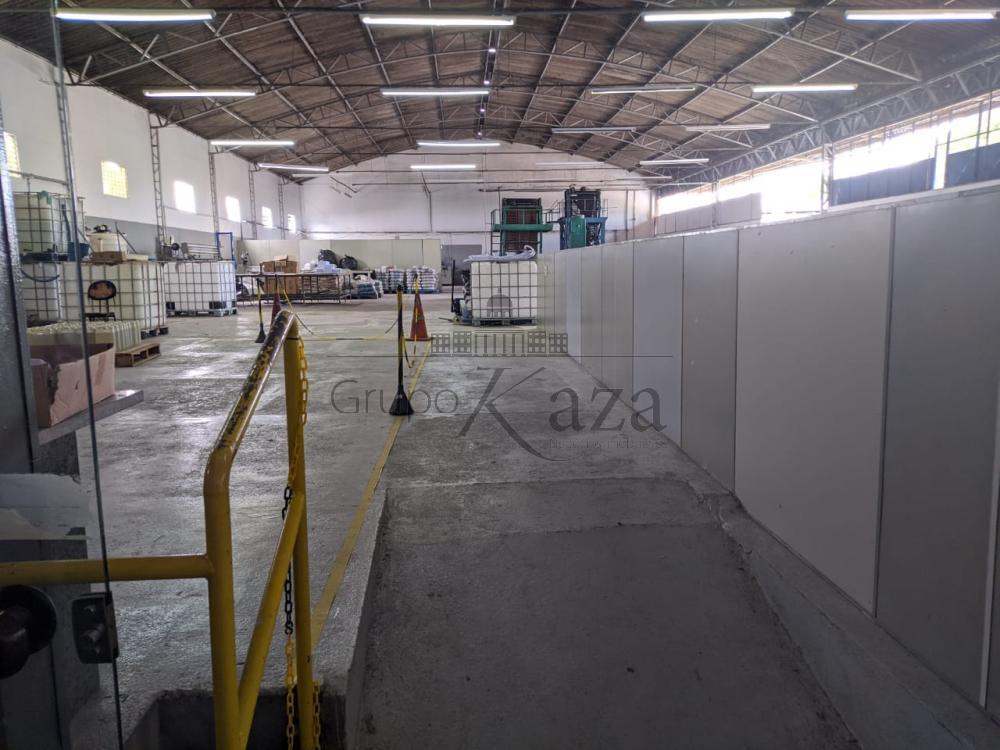 Alugar Comercial / Galpão em São José dos Campos R$ 16.350,00 - Foto 1