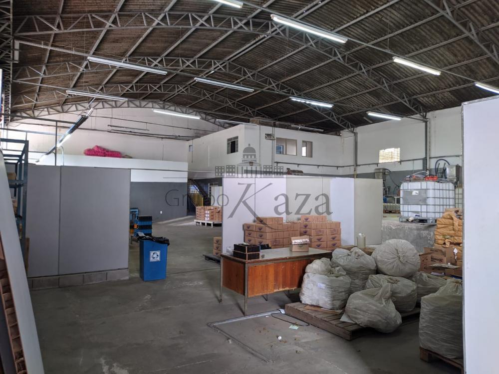 Alugar Comercial / Galpão em São José dos Campos R$ 16.350,00 - Foto 3