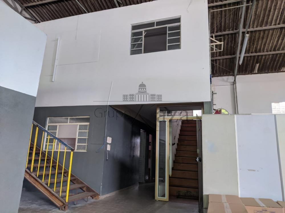 Alugar Comercial / Galpão em São José dos Campos R$ 16.350,00 - Foto 4