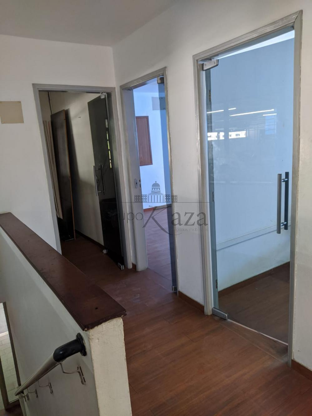 Alugar Comercial / Galpão em São José dos Campos R$ 16.350,00 - Foto 8