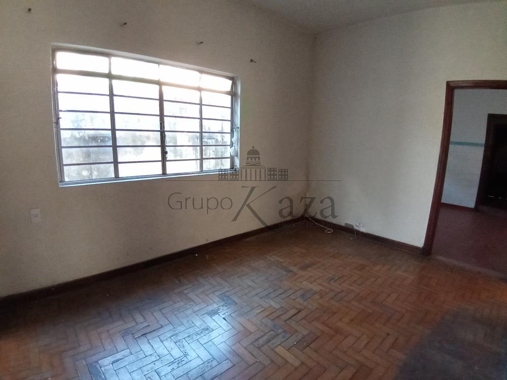 Comprar Casa / Padrão em São José dos Campos R$ 1.300.000,00 - Foto 9