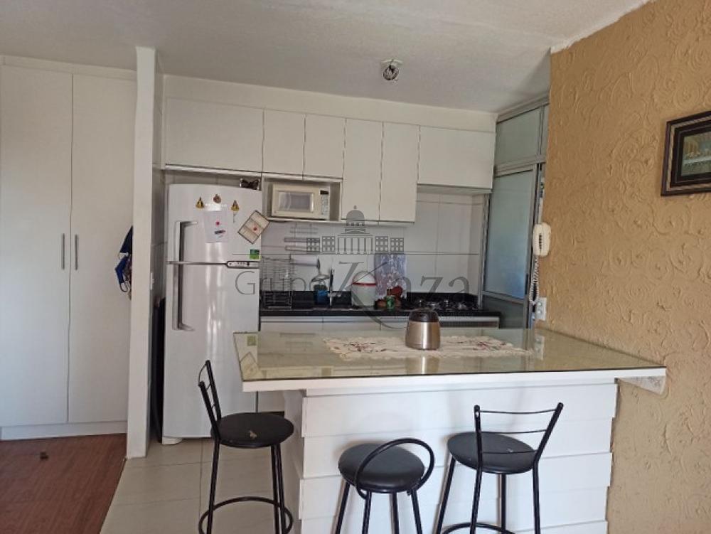 Comprar Apartamento / Padrão em São José dos Campos R$ 351.000,00 - Foto 2