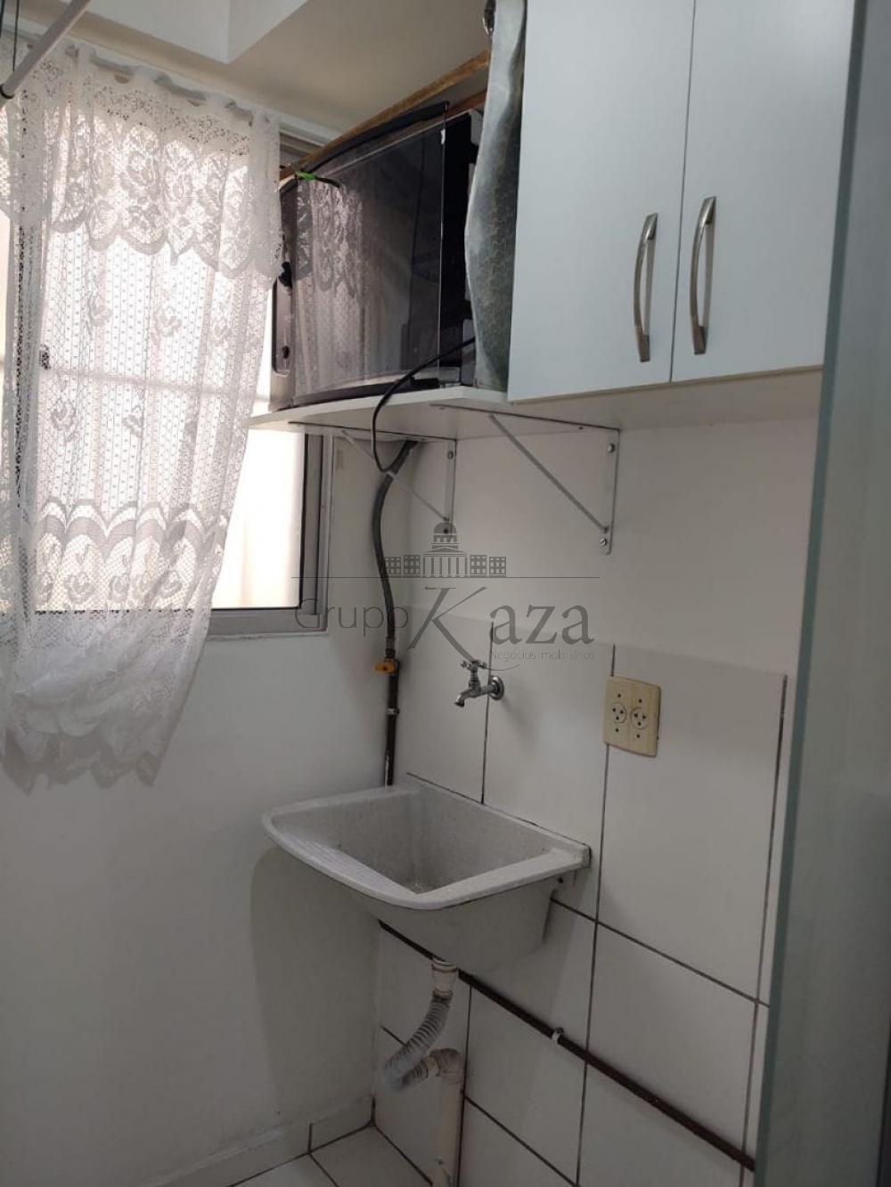 Alugar Apartamento / Padrão em São José dos Campos R$ 1.350,00 - Foto 6