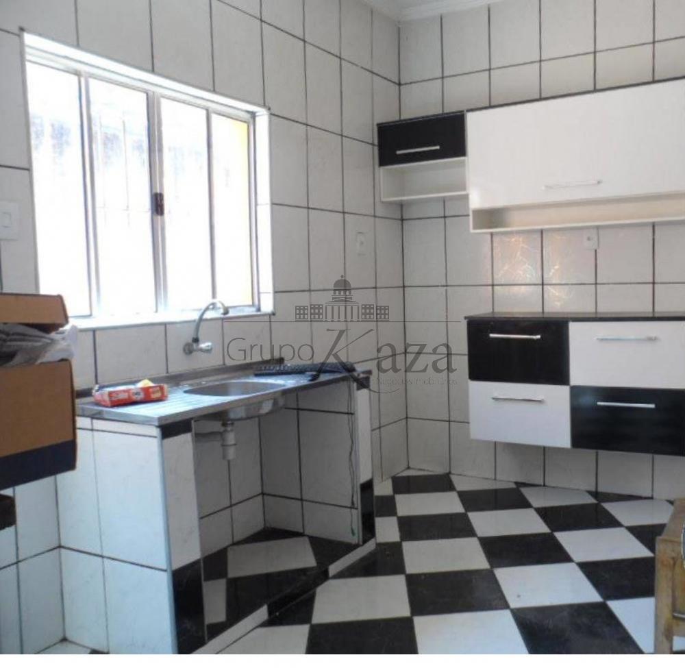Comprar Casa / Padrão em São José dos Campos R$ 320.000,00 - Foto 4