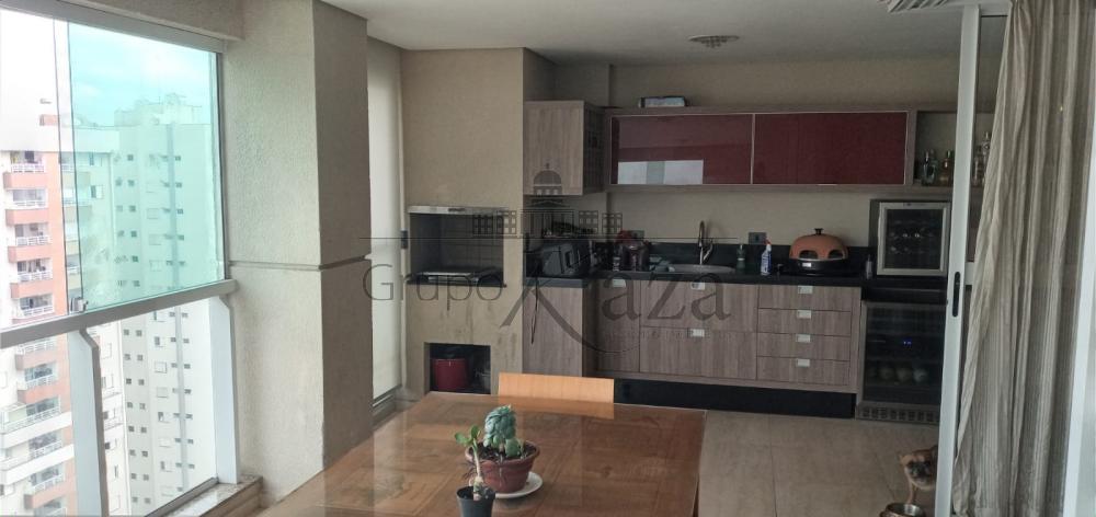 alt='Comprar Apartamento / Padrão em São José dos Campos R$ 1.600.000,00 - Foto 7' title='Comprar Apartamento / Padrão em São José dos Campos R$ 1.600.000,00 - Foto 7'