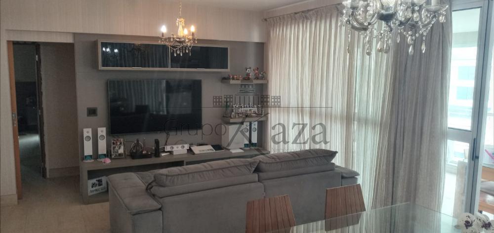 alt='Comprar Apartamento / Padrão em São José dos Campos R$ 1.600.000,00 - Foto 1' title='Comprar Apartamento / Padrão em São José dos Campos R$ 1.600.000,00 - Foto 1'