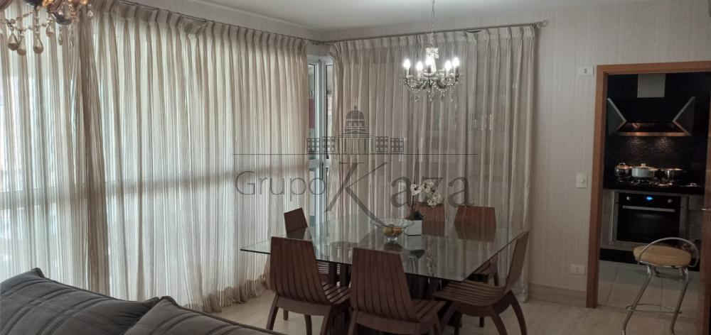 alt='Comprar Apartamento / Padrão em São José dos Campos R$ 1.600.000,00 - Foto 3' title='Comprar Apartamento / Padrão em São José dos Campos R$ 1.600.000,00 - Foto 3'