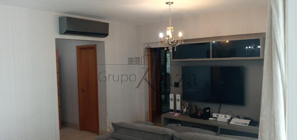 alt='Comprar Apartamento / Padrão em São José dos Campos R$ 1.600.000,00 - Foto 4' title='Comprar Apartamento / Padrão em São José dos Campos R$ 1.600.000,00 - Foto 4'