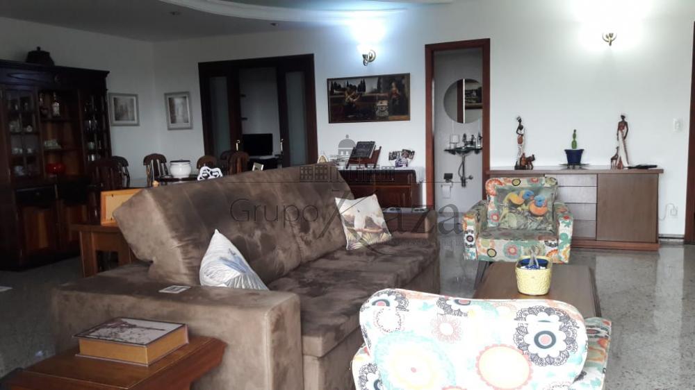 alt='Comprar Apartamento / Padrão em São José dos Campos R$ 850.000,00 - Foto 2' title='Comprar Apartamento / Padrão em São José dos Campos R$ 850.000,00 - Foto 2'