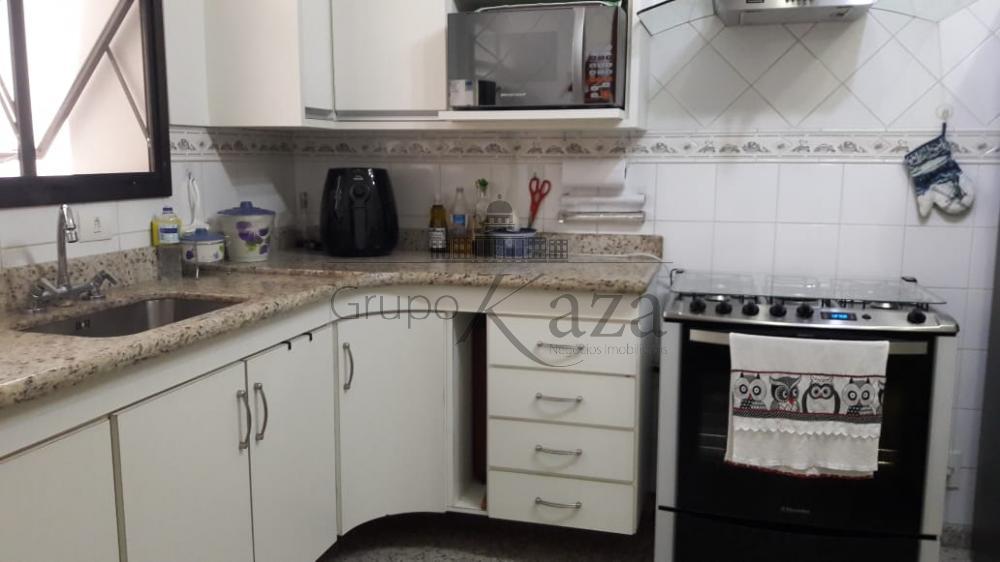 alt='Comprar Apartamento / Padrão em São José dos Campos R$ 850.000,00 - Foto 8' title='Comprar Apartamento / Padrão em São José dos Campos R$ 850.000,00 - Foto 8'