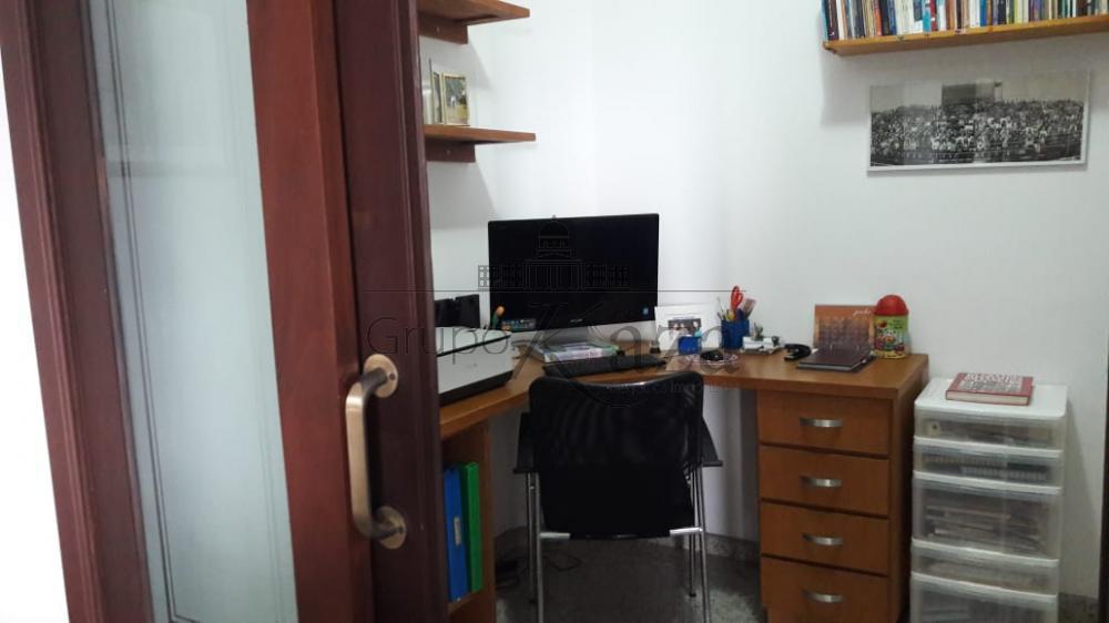 alt='Comprar Apartamento / Padrão em São José dos Campos R$ 850.000,00 - Foto 9' title='Comprar Apartamento / Padrão em São José dos Campos R$ 850.000,00 - Foto 9'