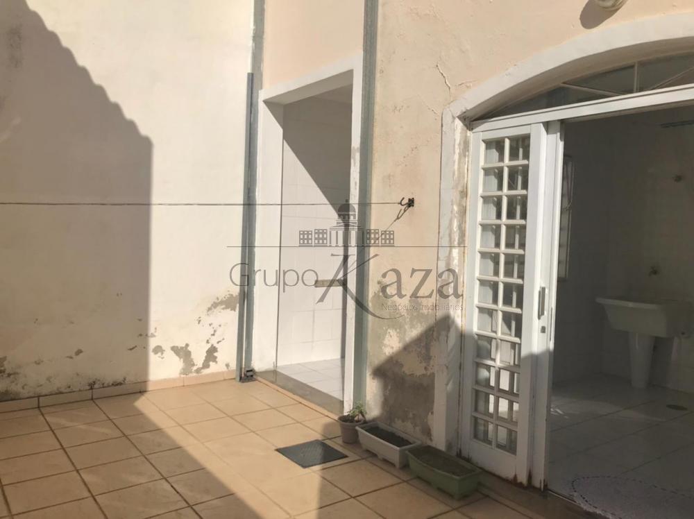alt='Comprar Casa / Sobrado em São José dos Campos R$ 690.000,00 - Foto 26' title='Comprar Casa / Sobrado em São José dos Campos R$ 690.000,00 - Foto 26'