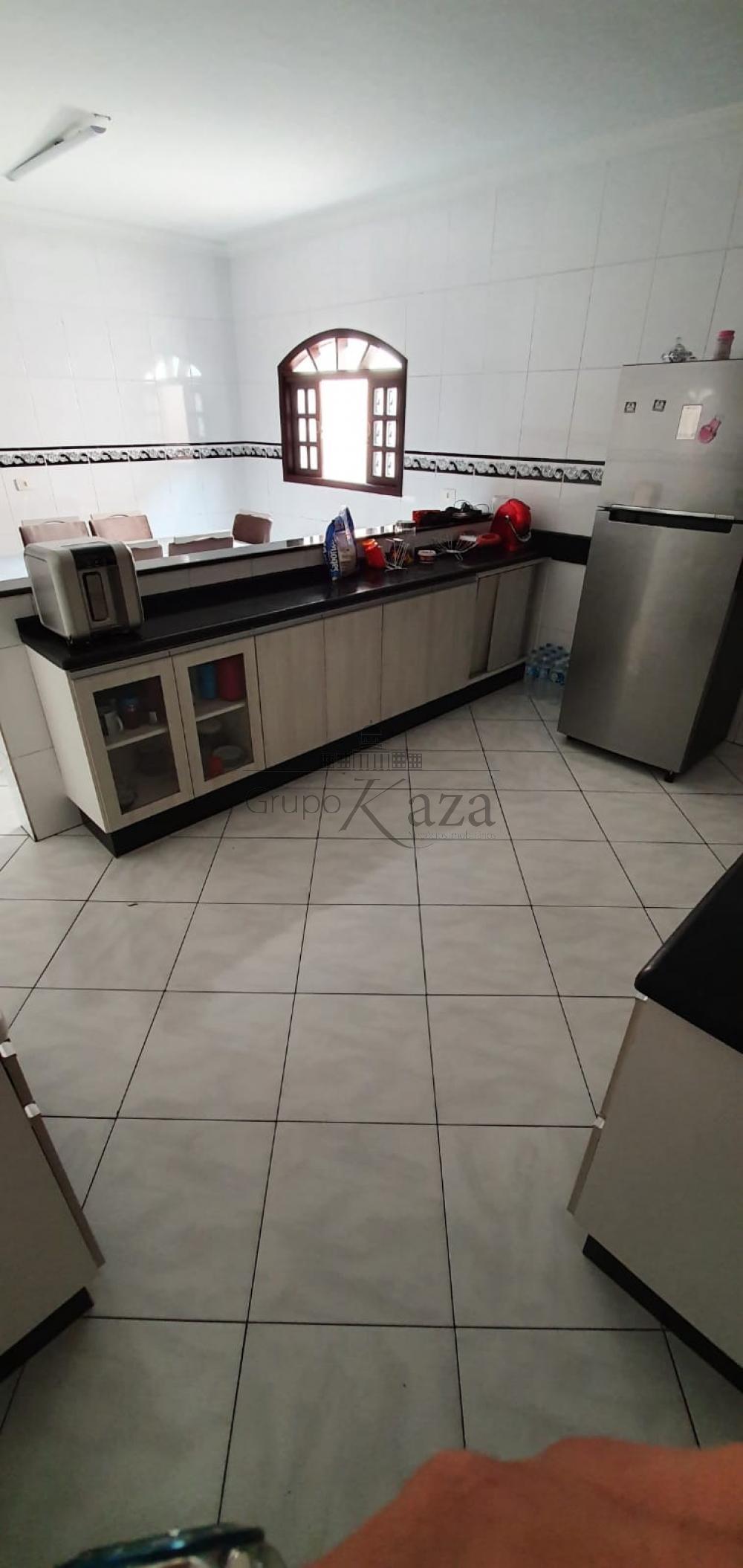 alt='Comprar Casa / Sobrado em São José dos Campos R$ 330.000,00 - Foto 3' title='Comprar Casa / Sobrado em São José dos Campos R$ 330.000,00 - Foto 3'