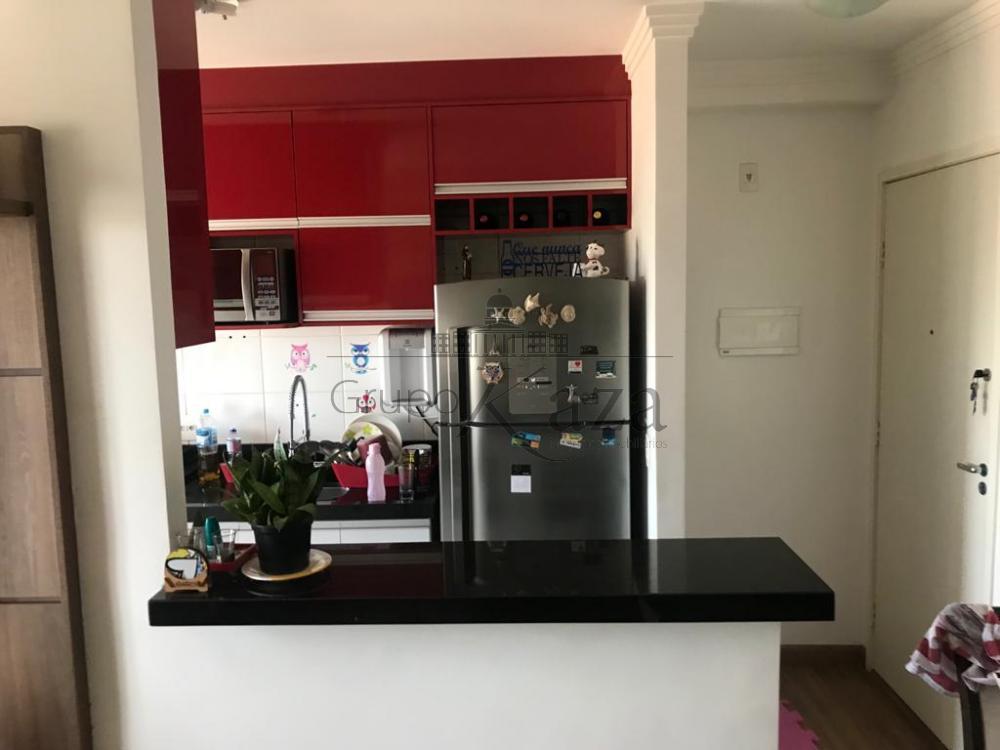 alt='Comprar Apartamento / Padrão em São José dos Campos R$ 320.000,00 - Foto 3' title='Comprar Apartamento / Padrão em São José dos Campos R$ 320.000,00 - Foto 3'