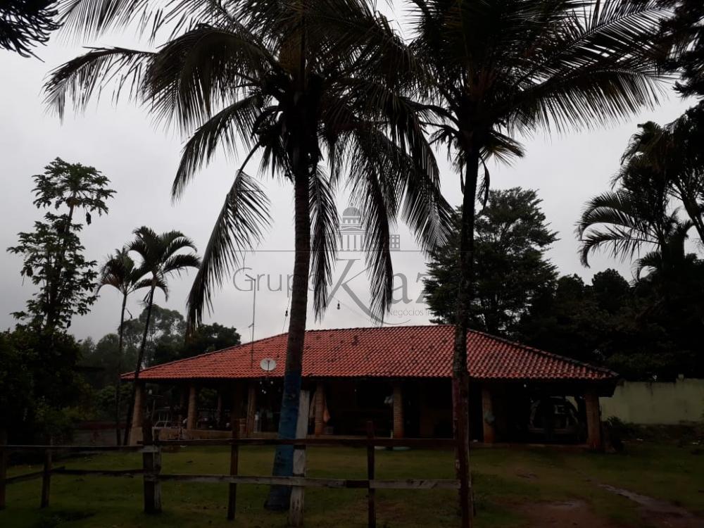 alt='Comprar Rural / Chácara em São José dos Campos R$ 790.000,00 - Foto 2' title='Comprar Rural / Chácara em São José dos Campos R$ 790.000,00 - Foto 2'