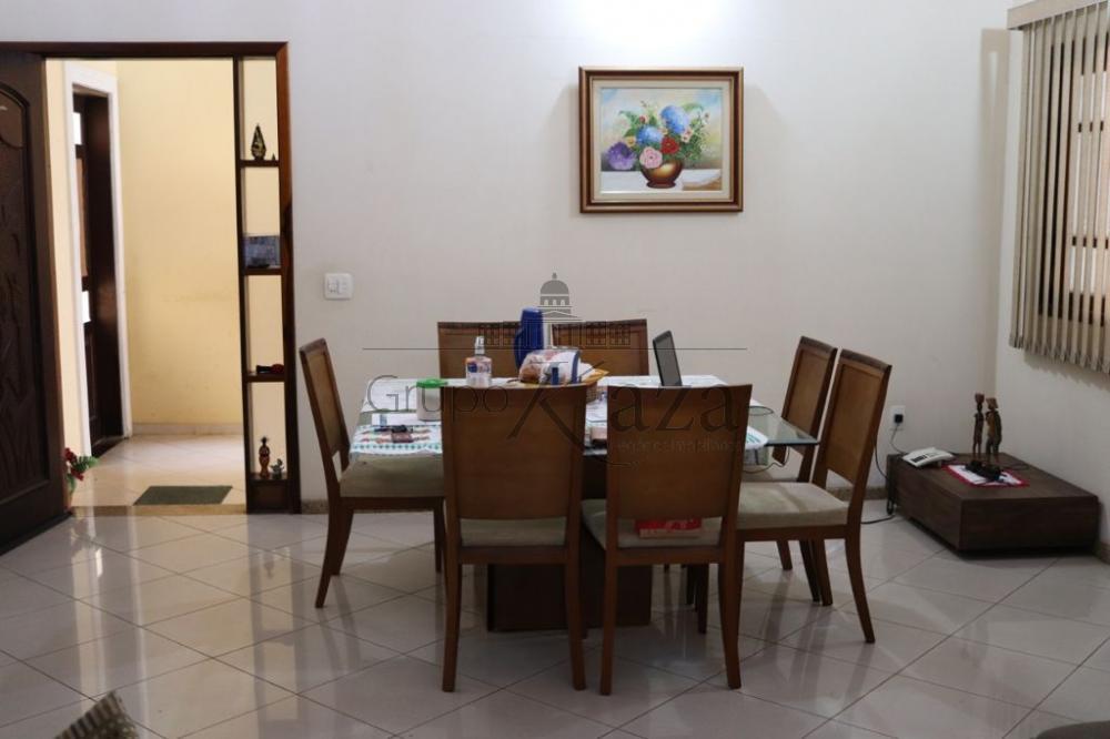 alt='Comprar Casa / Sobrado em São José dos Campos R$ 880.000,00 - Foto 3' title='Comprar Casa / Sobrado em São José dos Campos R$ 880.000,00 - Foto 3'