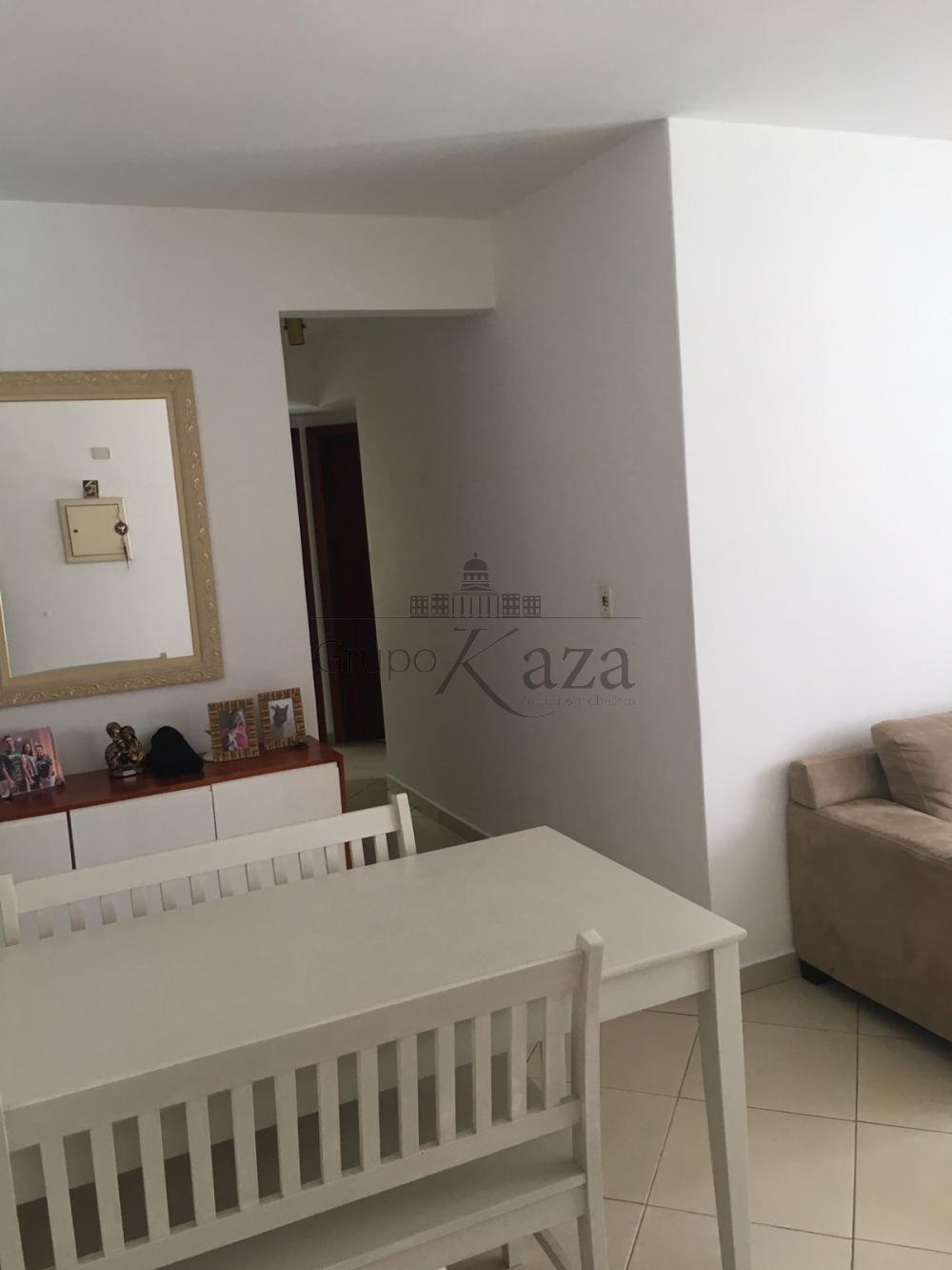 alt='Comprar Apartamento / Padrão em São José dos Campos R$ 300.000,00 - Foto 2' title='Comprar Apartamento / Padrão em São José dos Campos R$ 300.000,00 - Foto 2'