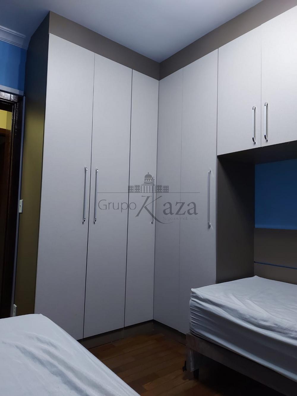 alt='Alugar Apartamento / Padrão em São José dos Campos R$ 2.750,00 - Foto 16' title='Alugar Apartamento / Padrão em São José dos Campos R$ 2.750,00 - Foto 16'