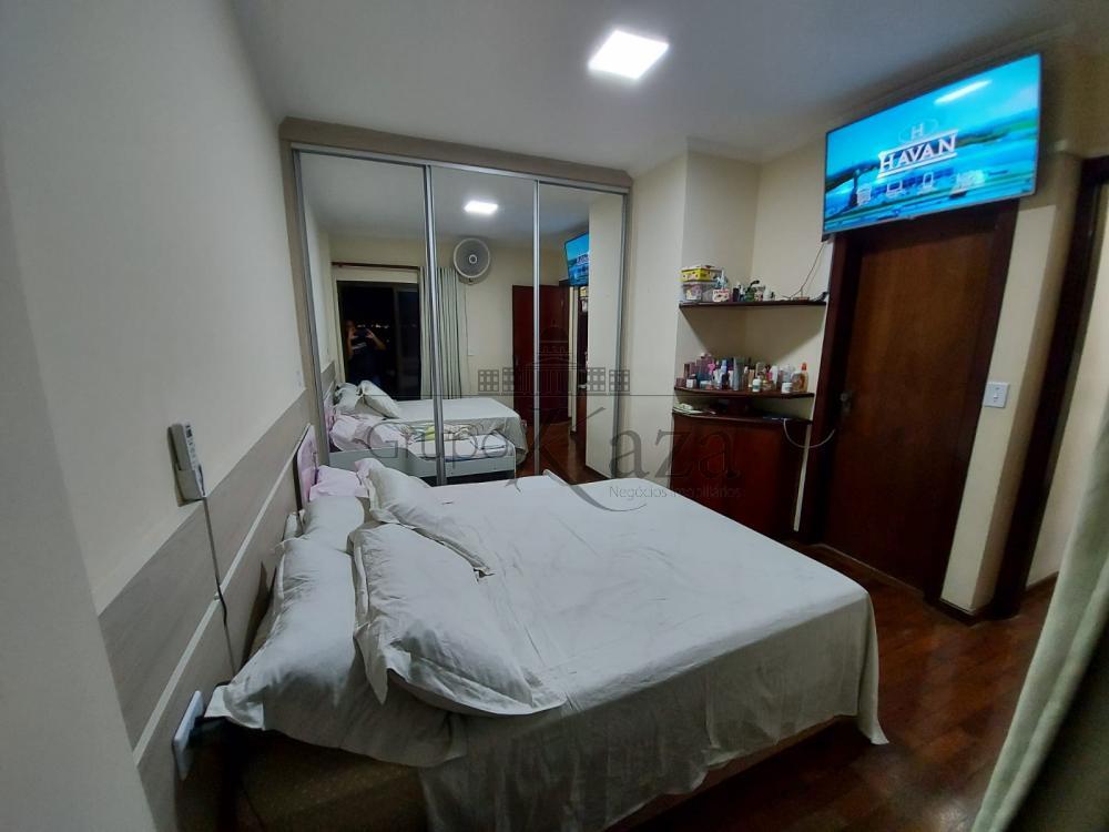 alt='Alugar Apartamento / Padrão em São José dos Campos R$ 2.750,00 - Foto 13' title='Alugar Apartamento / Padrão em São José dos Campos R$ 2.750,00 - Foto 13'