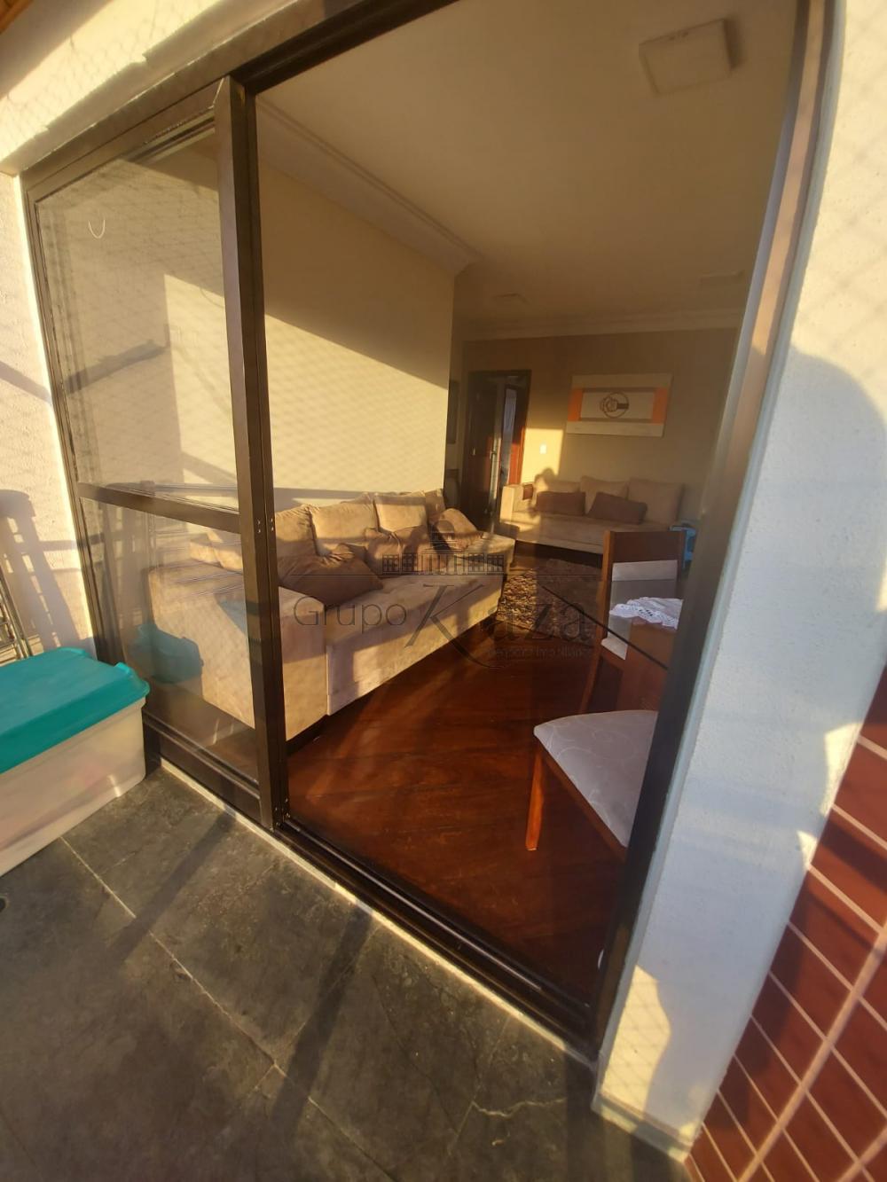 alt='Alugar Apartamento / Padrão em São José dos Campos R$ 2.750,00 - Foto 2' title='Alugar Apartamento / Padrão em São José dos Campos R$ 2.750,00 - Foto 2'