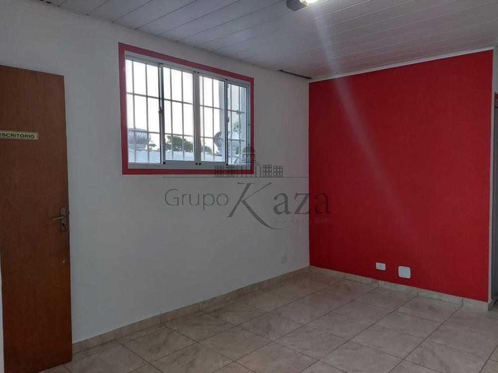 alt='Alugar Casa / Comercial / Residencial em São José dos Campos R$ 2.800,00 - Foto 9' title='Alugar Casa / Comercial / Residencial em São José dos Campos R$ 2.800,00 - Foto 9'