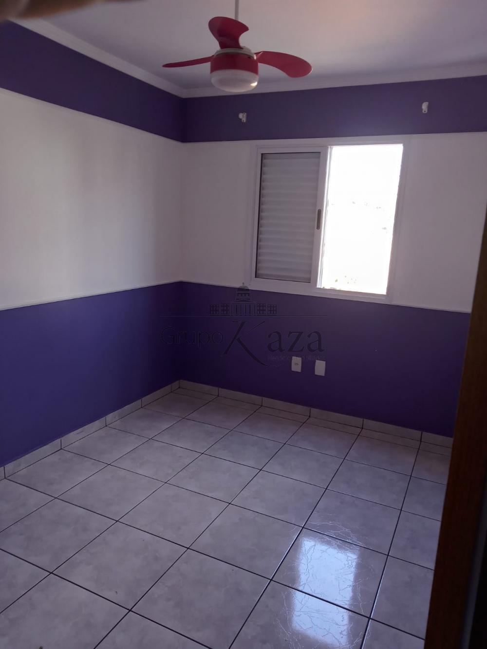 alt='Alugar Apartamento / Padrão em São José dos Campos R$ 2.200,00 - Foto 8' title='Alugar Apartamento / Padrão em São José dos Campos R$ 2.200,00 - Foto 8'