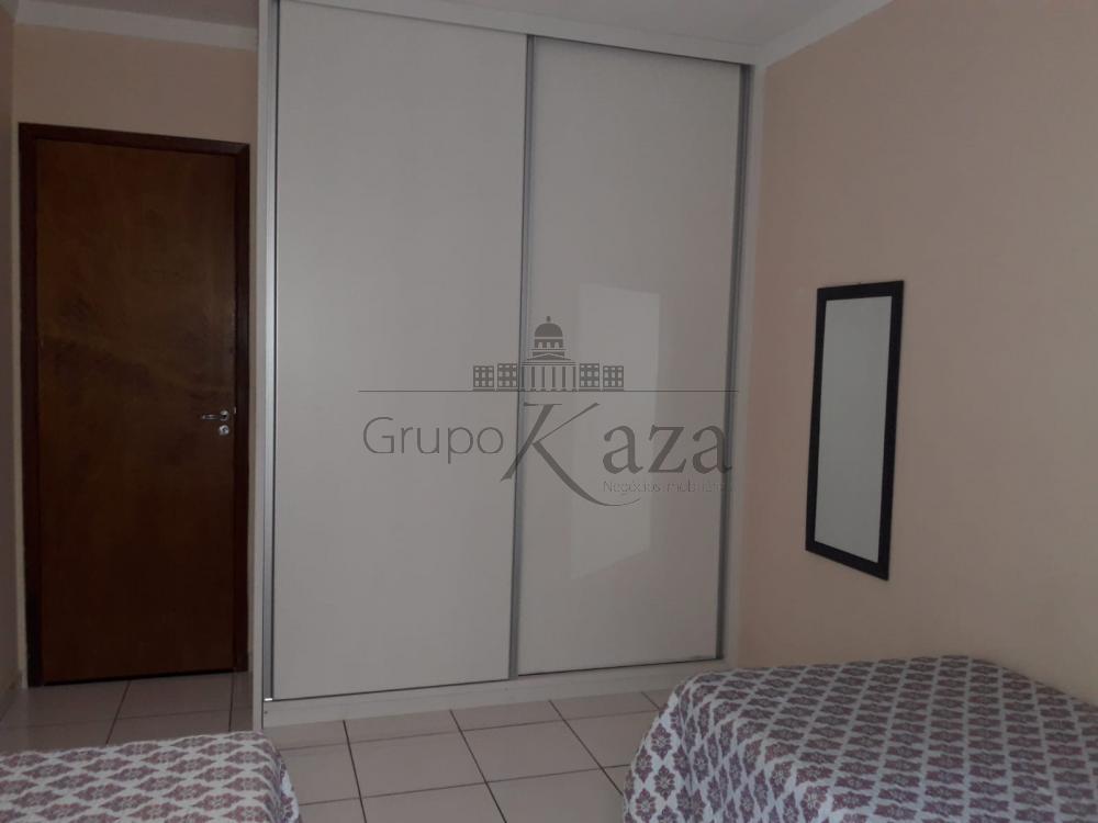 alt='Comprar Casa / Térrea em Jacareí R$ 375.000,00 - Foto 11' title='Comprar Casa / Térrea em Jacareí R$ 375.000,00 - Foto 11'