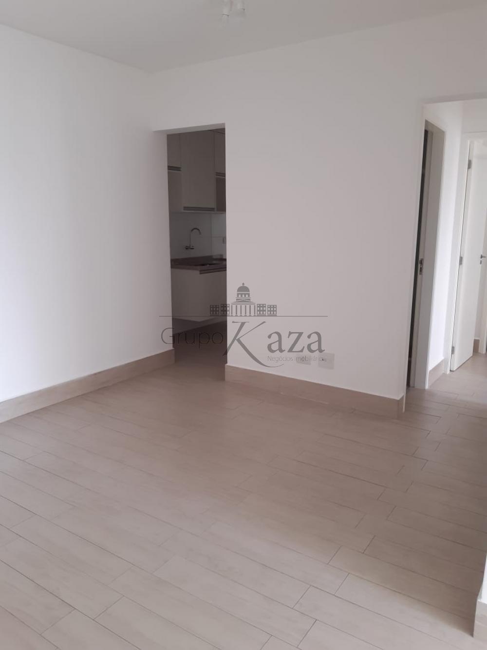 alt='Alugar Apartamento / Padrão em São José dos Campos R$ 2.400,00 - Foto 3' title='Alugar Apartamento / Padrão em São José dos Campos R$ 2.400,00 - Foto 3'