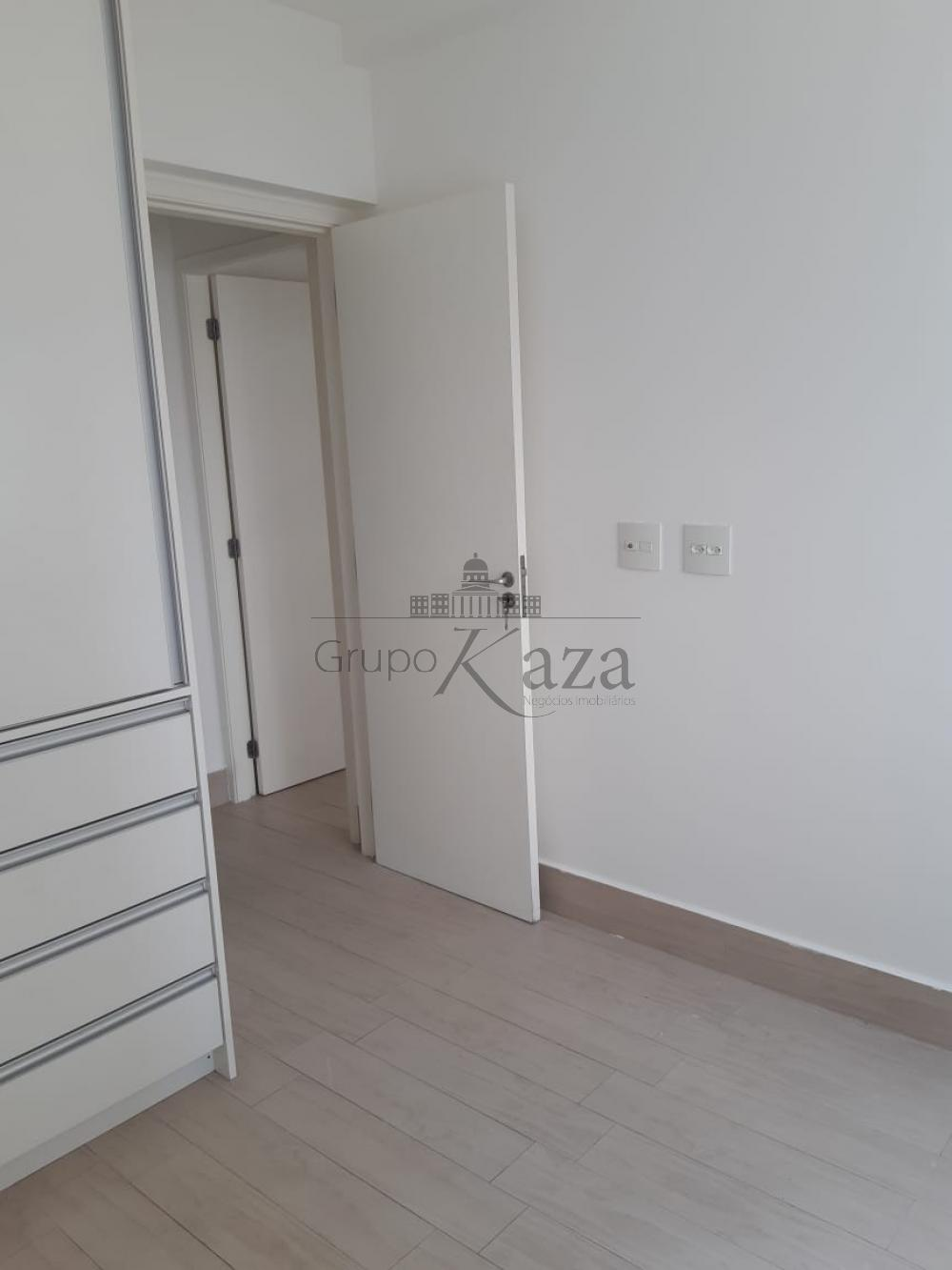 alt='Alugar Apartamento / Padrão em São José dos Campos R$ 2.400,00 - Foto 16' title='Alugar Apartamento / Padrão em São José dos Campos R$ 2.400,00 - Foto 16'