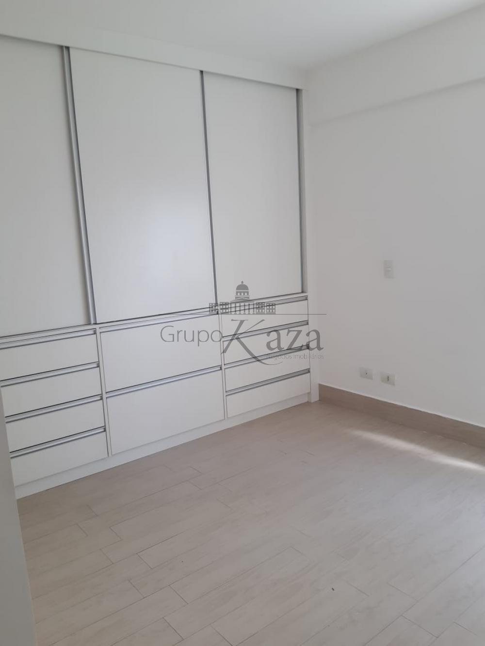 alt='Alugar Apartamento / Padrão em São José dos Campos R$ 2.400,00 - Foto 15' title='Alugar Apartamento / Padrão em São José dos Campos R$ 2.400,00 - Foto 15'