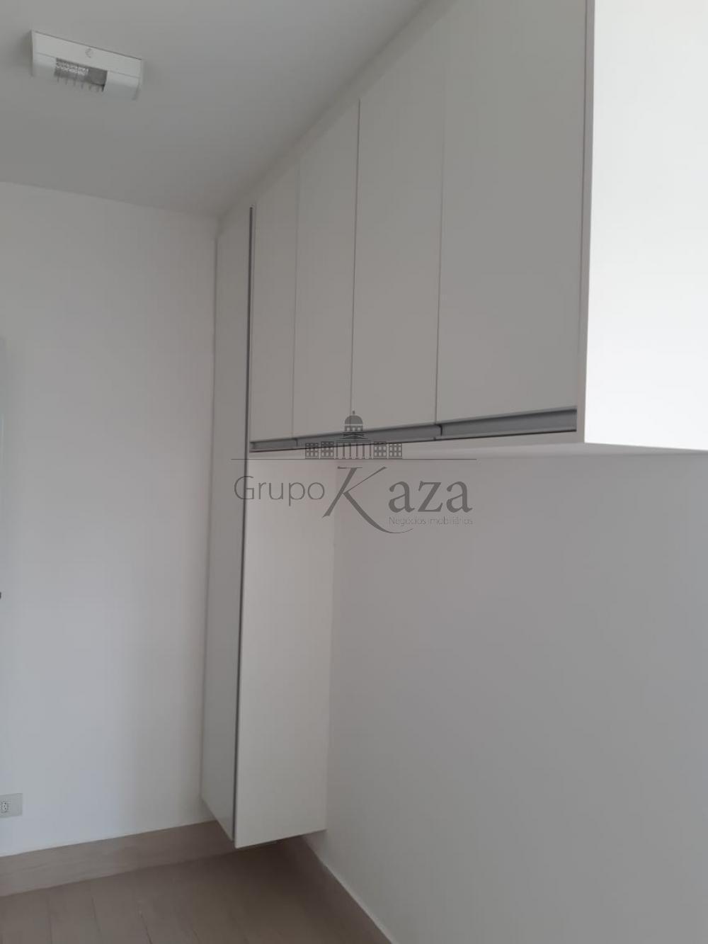 alt='Alugar Apartamento / Padrão em São José dos Campos R$ 2.400,00 - Foto 21' title='Alugar Apartamento / Padrão em São José dos Campos R$ 2.400,00 - Foto 21'