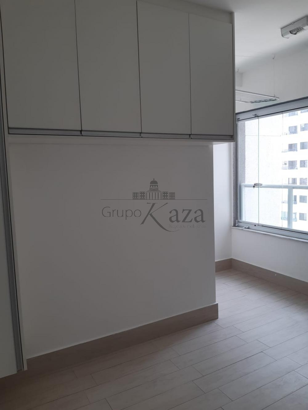 alt='Alugar Apartamento / Padrão em São José dos Campos R$ 2.400,00 - Foto 23' title='Alugar Apartamento / Padrão em São José dos Campos R$ 2.400,00 - Foto 23'