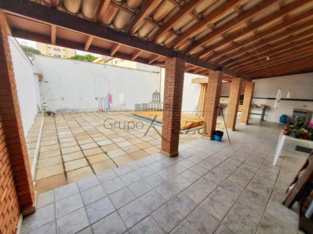 alt='Comprar Casa / Sobrado em São José dos Campos R$ 1.400.000,00 - Foto 15' title='Comprar Casa / Sobrado em São José dos Campos R$ 1.400.000,00 - Foto 15'
