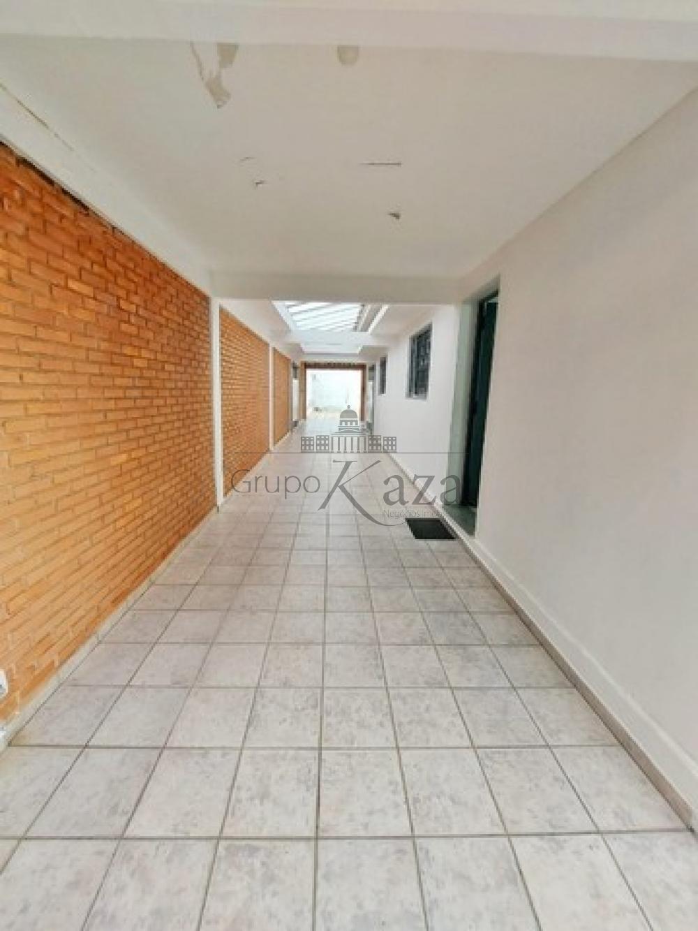 alt='Comprar Casa / Sobrado em São José dos Campos R$ 1.400.000,00 - Foto 14' title='Comprar Casa / Sobrado em São José dos Campos R$ 1.400.000,00 - Foto 14'