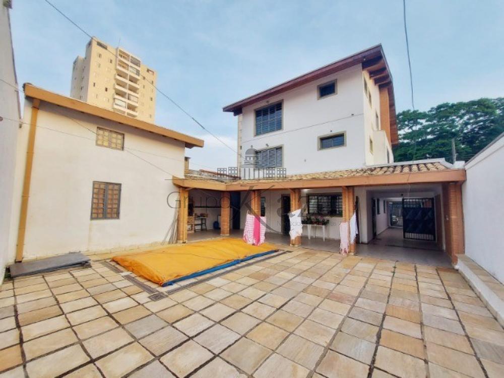 alt='Comprar Casa / Sobrado em São José dos Campos R$ 1.400.000,00 - Foto 16' title='Comprar Casa / Sobrado em São José dos Campos R$ 1.400.000,00 - Foto 16'