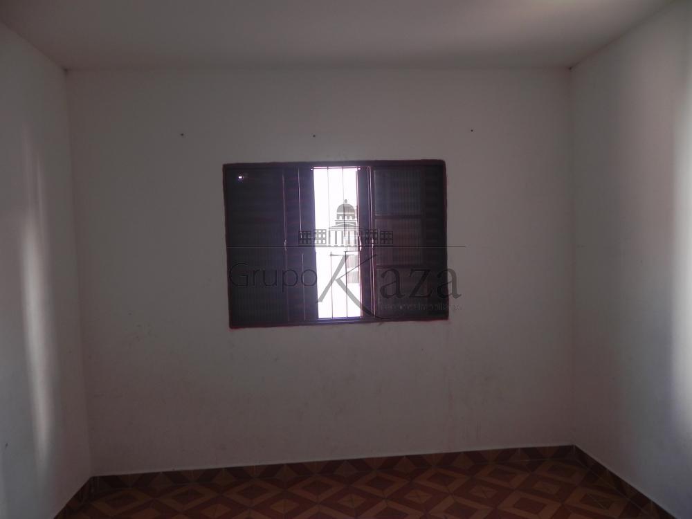 alt='Alugar Casa / Sobrado em São José dos Campos R$ 1.300,00 - Foto 7' title='Alugar Casa / Sobrado em São José dos Campos R$ 1.300,00 - Foto 7'