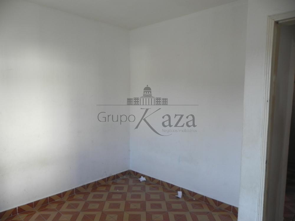 alt='Alugar Casa / Sobrado em São José dos Campos R$ 1.300,00 - Foto 10' title='Alugar Casa / Sobrado em São José dos Campos R$ 1.300,00 - Foto 10'