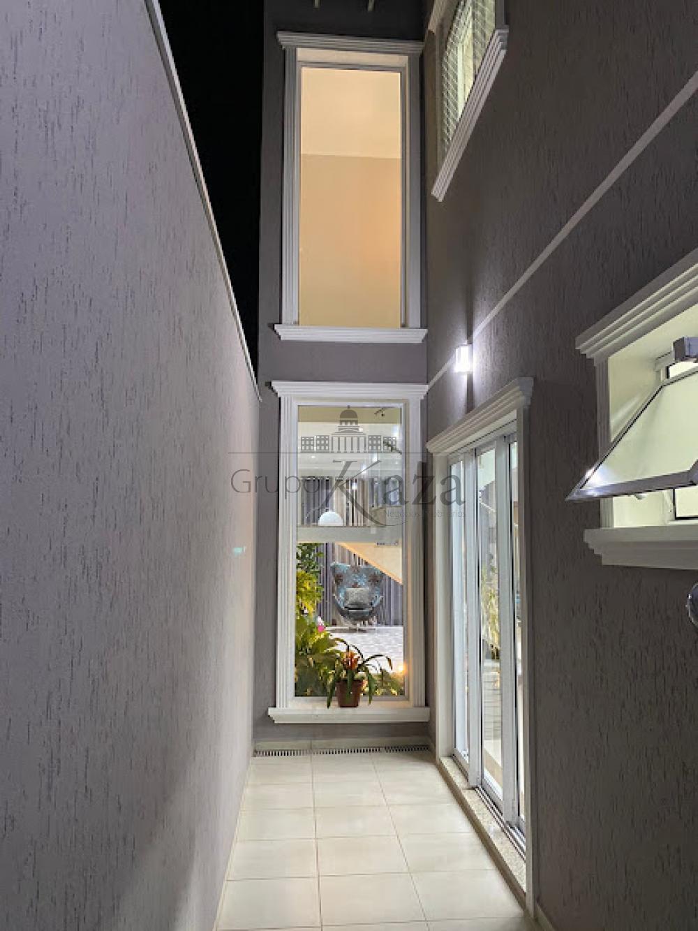alt='Comprar Casa / Sobrado em São José dos Campos R$ 750.000,00 - Foto 35' title='Comprar Casa / Sobrado em São José dos Campos R$ 750.000,00 - Foto 35'
