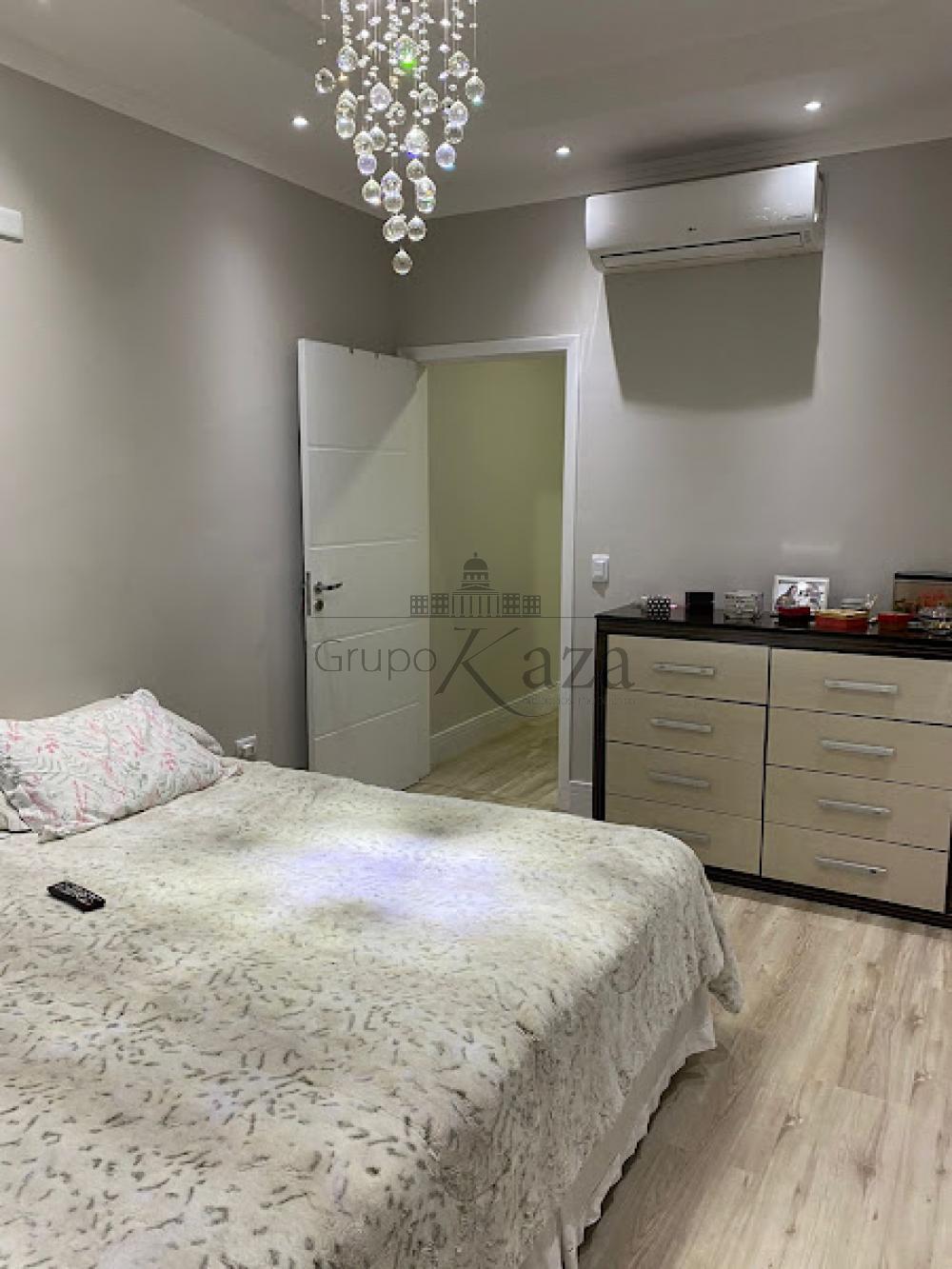 alt='Comprar Casa / Sobrado em São José dos Campos R$ 750.000,00 - Foto 18' title='Comprar Casa / Sobrado em São José dos Campos R$ 750.000,00 - Foto 18'