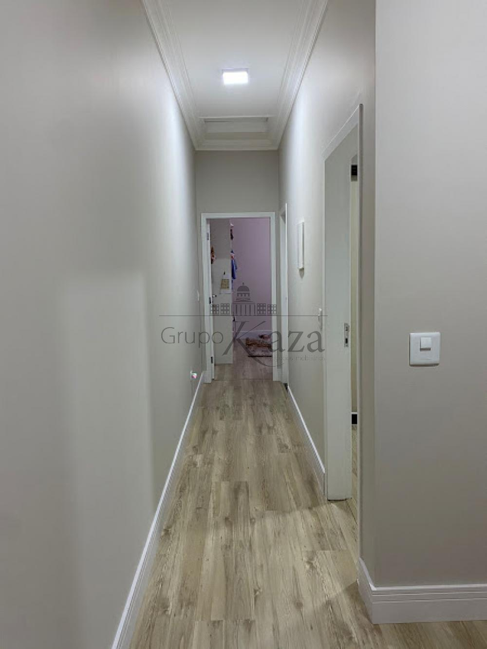 alt='Comprar Casa / Sobrado em São José dos Campos R$ 750.000,00 - Foto 15' title='Comprar Casa / Sobrado em São José dos Campos R$ 750.000,00 - Foto 15'