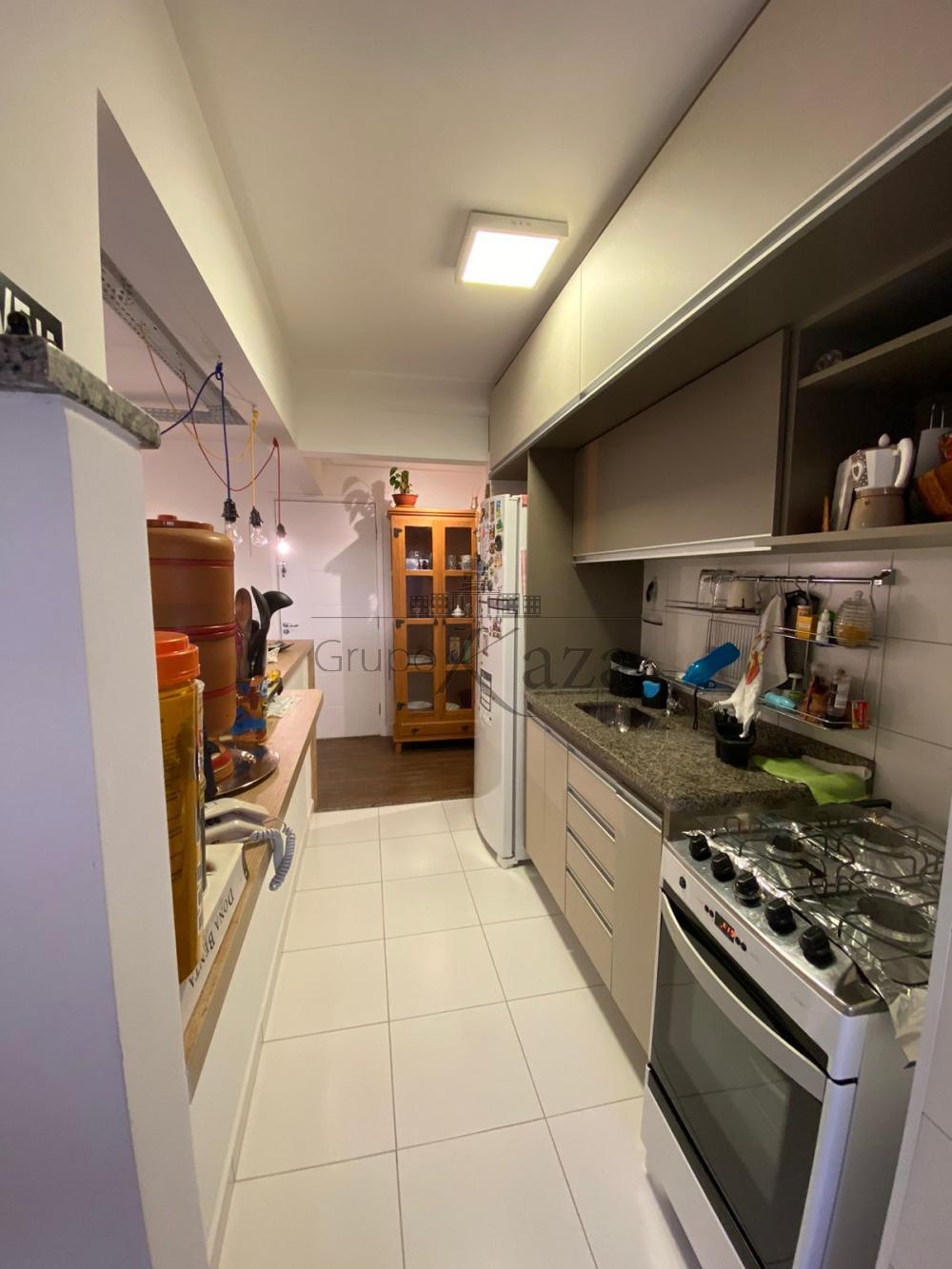 alt='Alugar Apartamento / Padrão em São José dos Campos R$ 2.200,00 - Foto 11' title='Alugar Apartamento / Padrão em São José dos Campos R$ 2.200,00 - Foto 11'