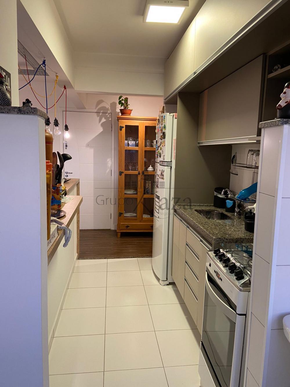 alt='Alugar Apartamento / Padrão em São José dos Campos R$ 2.200,00 - Foto 10' title='Alugar Apartamento / Padrão em São José dos Campos R$ 2.200,00 - Foto 10'