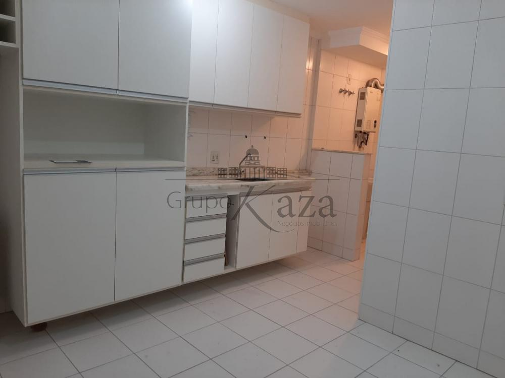 alt='Comprar Apartamento / Padrão em São José dos Campos R$ 380.000,00 - Foto 6' title='Comprar Apartamento / Padrão em São José dos Campos R$ 380.000,00 - Foto 6'