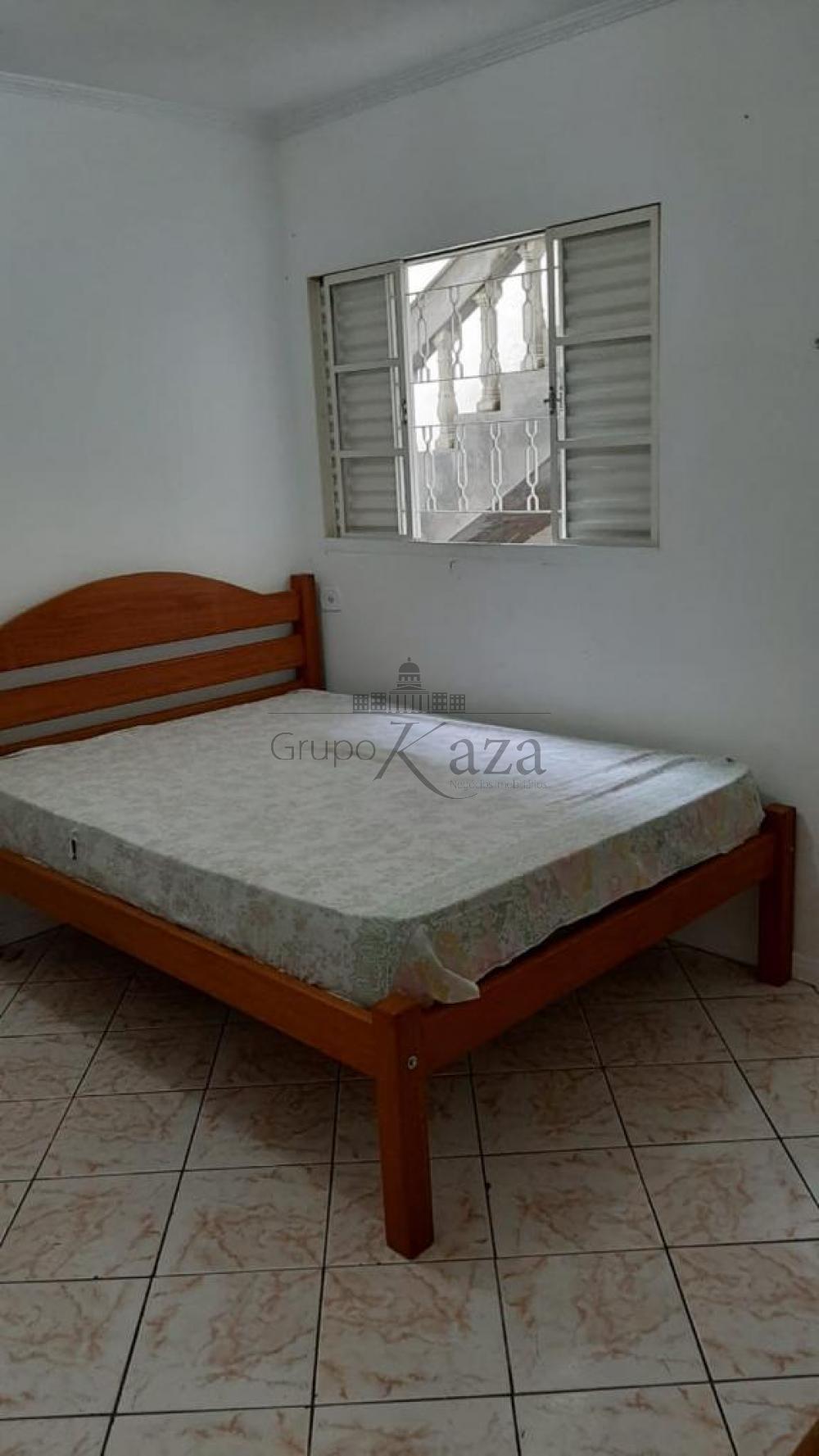 alt='Comprar Casa / Padrão em São José dos Campos R$ 320.000,00 - Foto 13' title='Comprar Casa / Padrão em São José dos Campos R$ 320.000,00 - Foto 13'