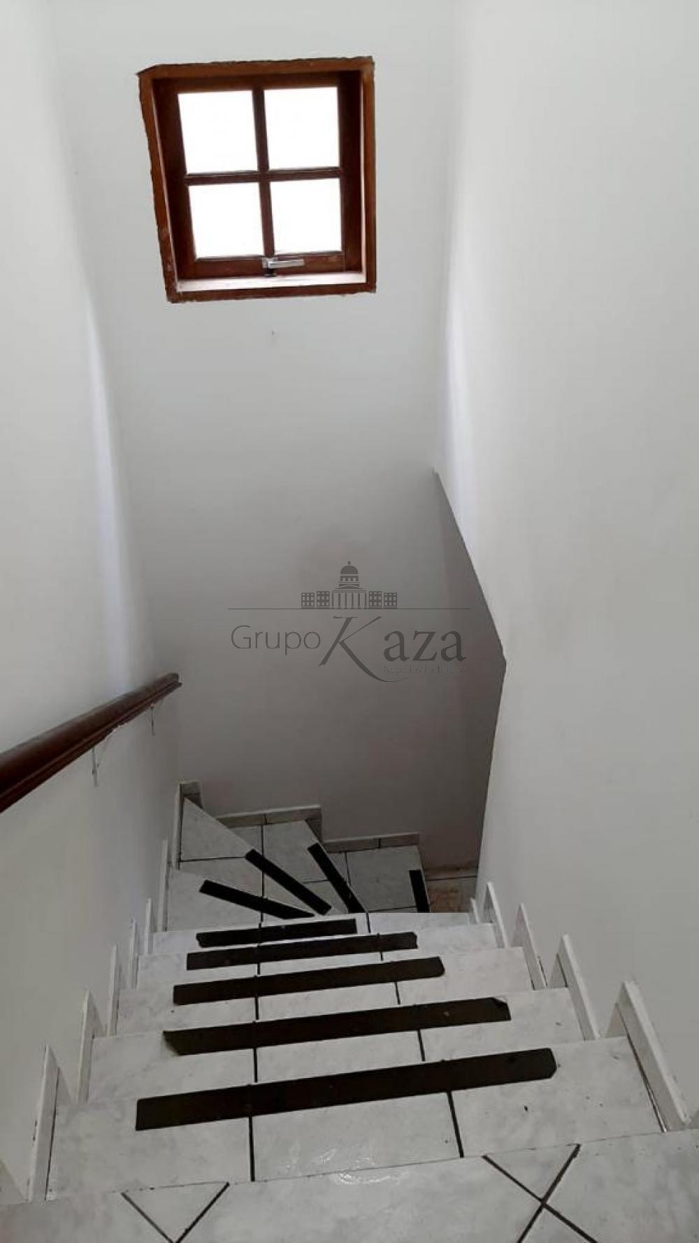 alt='Comprar Casa / Padrão em São José dos Campos R$ 320.000,00 - Foto 8' title='Comprar Casa / Padrão em São José dos Campos R$ 320.000,00 - Foto 8'